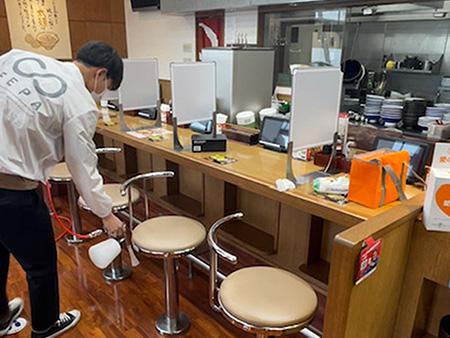 光触媒コーティング施工【8番ラーメン太閤山店様】